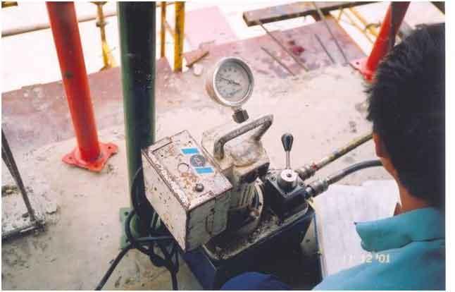 máy theo dõi áp lực kéo cáp